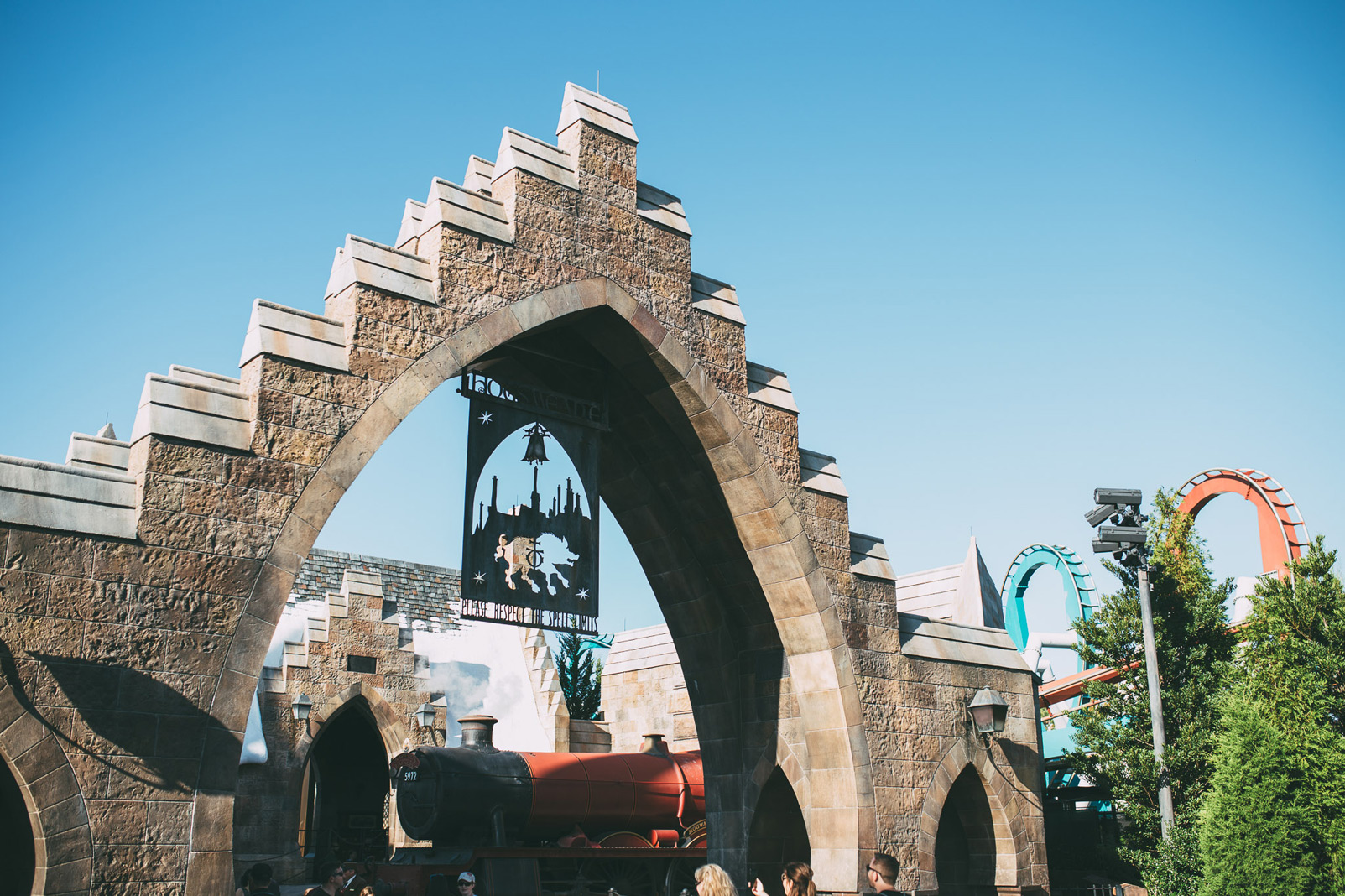 entrance to hogsmeade from the inside